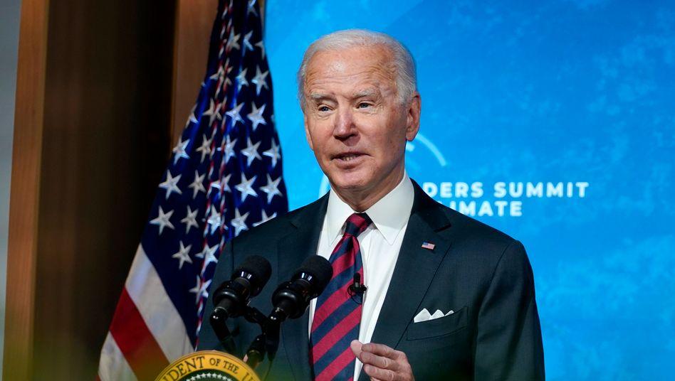 Wohlklingende Worte: US-Präsident Biden sagte beim virtuellen Klimagipfel, dass die USA bis 2030 ihre Treibhausemissionen mindestens halbieren