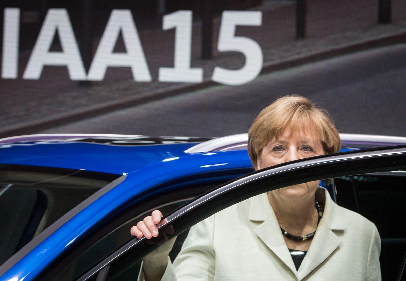 videoteawser IAA - Bundeskanzlerin Angela Merkel