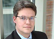"""""""Eine staatliche Anerkennung ist eine Zertifizierung, die keine Garantie für Qualität darstellt."""" Personalexperte Rolf Ernst Pfeiffer"""