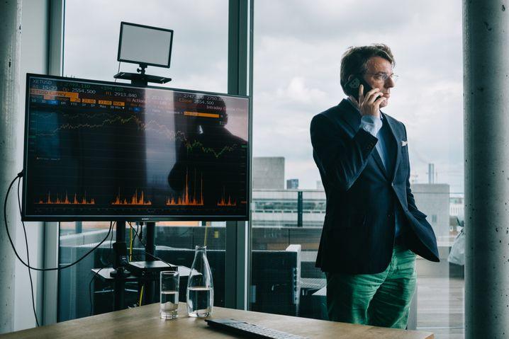 Kryptoinvestor Moritz Schildt: Er kennt beide Seiten – die technologischen Durchbrüche und die skrupellosen Betrugsmaschen der neuen Geldwelt