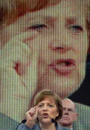 Angela Merkel: Das Kompetenzteam soll nach dem Wahlkampf-Fehlstart neuen Schwung bringen