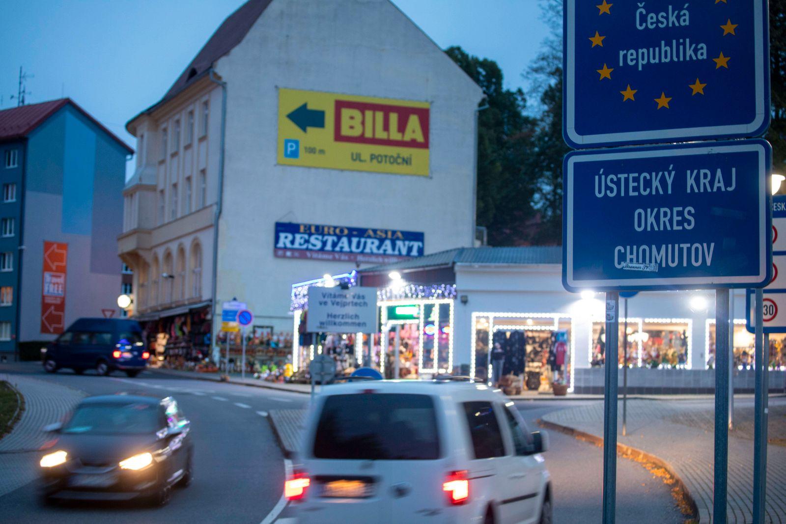 """200925 CZ Deutschland erklärt komplett Tschechien als Coronarisikogebiet. Das verlautete Außenminister TomaÅ¡ PetÅ""""!iÄe"""
