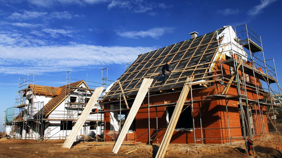 Hausbau: Für Neubauten gelten ab 2016 höhere Energieanforderungen