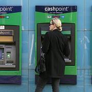 Absturz: Nach der Verstaatlichung der Lloyds Banking Group bricht die Aktie am Montag massiv ein