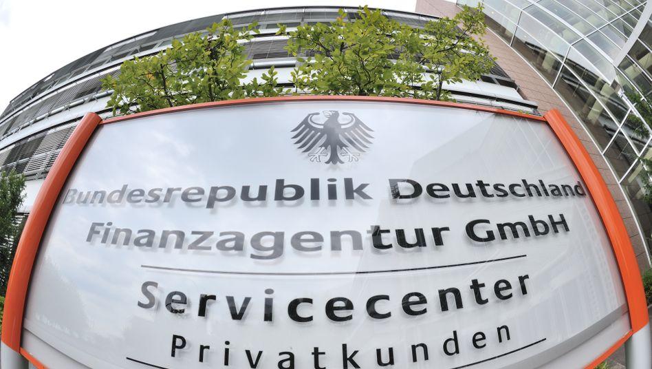 Finanzagentur in Frankfurt am Main: Die Rendite für zehnjährige Anleihen lag erstmals unter 2 Prozent