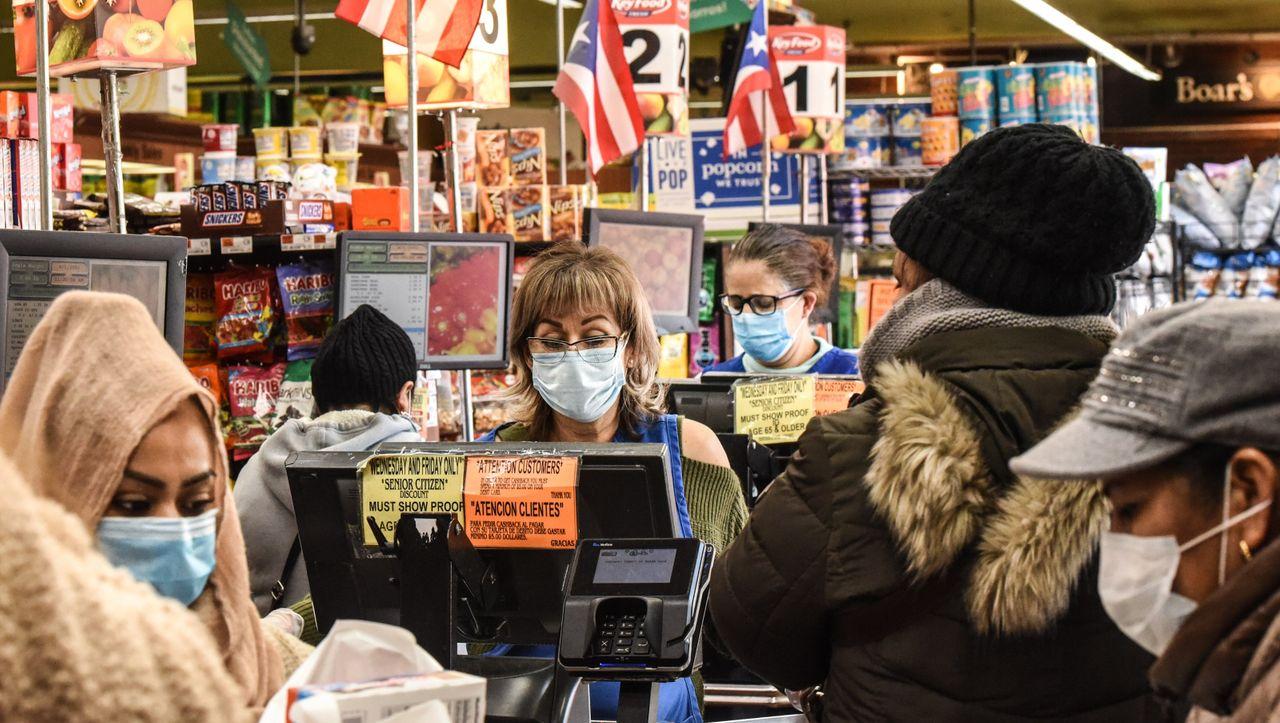 Coronavirus: USA stellen neuen traurigen Rekord bei Neuinfektionen auf - manager magazin - Politik