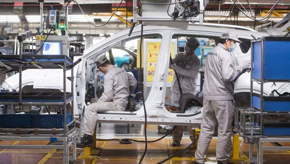 Autofabrik in der Hubei-Provinz in China
