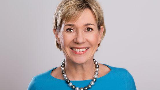 Elke Benning-Rohnke: Nach zwölf Jahren in internationalen Konzernen wurde sie Vorstand bei Wella. Heute arbeitet sie als Top-Management-Beraterin bei Benning & Company und leitet bei FidAR die Region Süd.