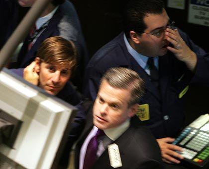 Schlussverkauf: Der Dow gibt trotz der Zinssenkungen weiter nach