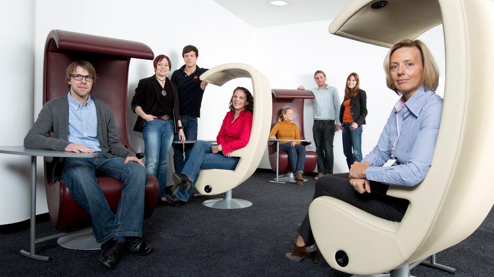 Wenig begeistert: Wie Personalchefs die Generation Y sehen