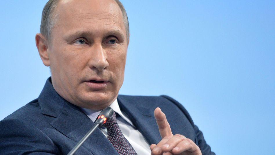 """WVladimir Putin: """"Wir werden unsere Interessen im Rahmen eines zivilisierten juristischen Prozesses schützen"""""""