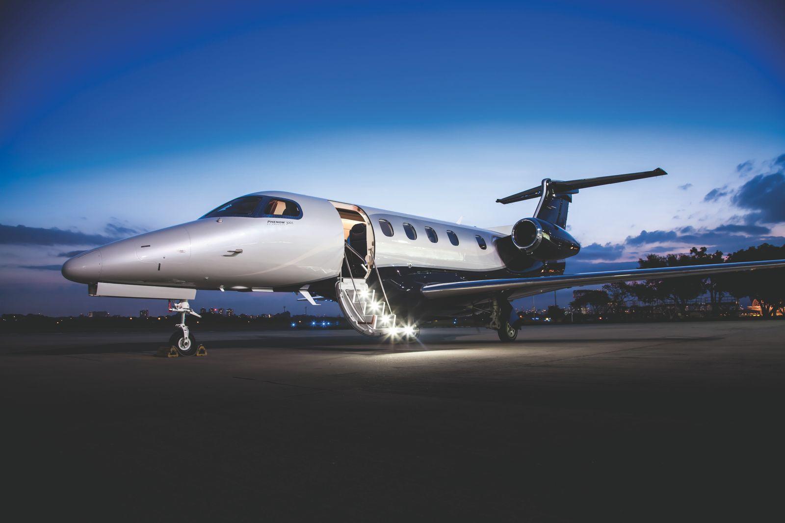 Embraer Phenom 300E
