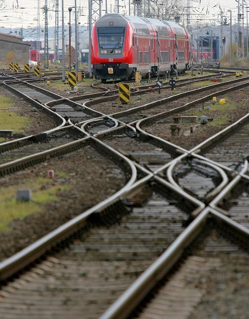 Zweifel am Fahrplan: Die Deutsche Bahn Mobility Logistics AG soll am 27. Oktober aufs Parkett