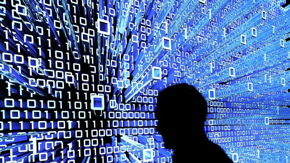 Die digitale Revolution könnte sich irgendwann auch Berater überflüssig machen, die an dem Trend bislang sehr gut verdienen