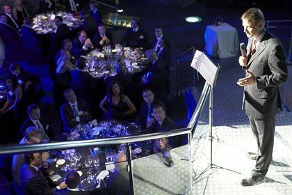 Der Anzug sitzt tadellos: Heitmann bei einem Galadinner in Barcelona