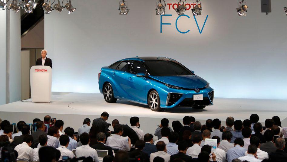 Auto des Anstoßes: Toyotas Wasserstofffahrzeug FCV soll 2015 auf den Markt kommen.