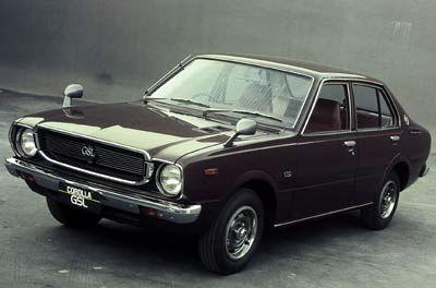 1975 Corolla: In den USA löste Toyota mit Modellen wie dem Corolla Mitte der 70er Jahre den Konkurrenten VW als größte Importmarke ab.