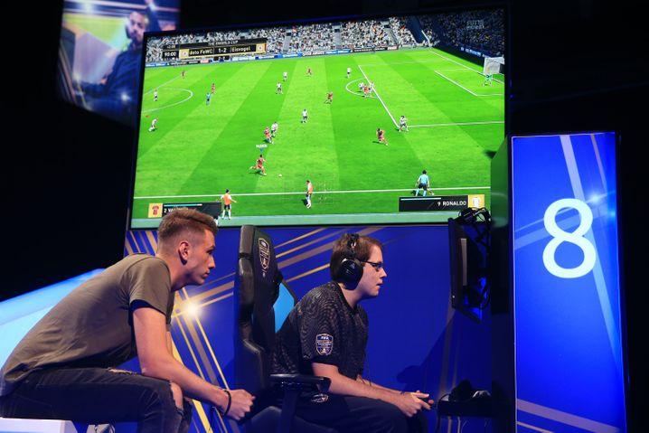 FIFA-eWorld-Cup-Finale 2018 in London: Wer in solchen Umfeldern Werbung schaltet, zahlt mitunter mehr als auf dem realen Platz