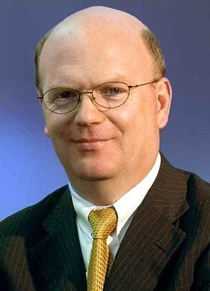 Stephan Kessel: Der ehemalige Vorstandschef des Automobilzulieferers Continental ist seit Juli 2002 Berater für Europa bei der Investorengruppe Investcorp