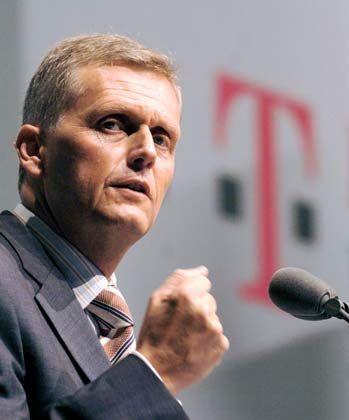 Entschlossen: Ricke will das Ergebnis deutlich verbessern, damit es in 2005 auch wieder eine Dividende geben kann