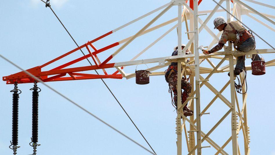 Mit Kampfpreisen und hohen Rabatten warb die Bayerische Energieversorgungsgesellschaft BEV um neue Kunden, schrieb aber rote Zahlen. Als das Unternehmen die Preise erhöhte, kam es zu Massenkündigungen.