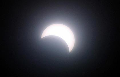 Spektakel: Am 21. Juni 2001 konnte die erste Sonnenfinsternis des Jahrtausends beobachtet werden