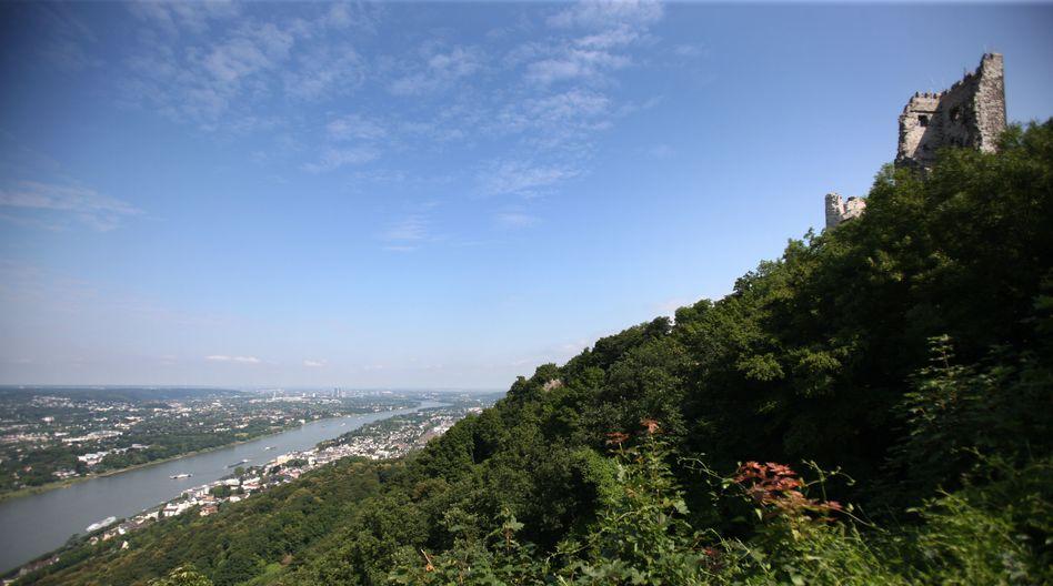 Deutschlands meistbestiegener Berg: Der Drachenfels oberhalb von Königswinter. Ein Lieblingsplatz vieler Rhein-Sieg-Kreisler.