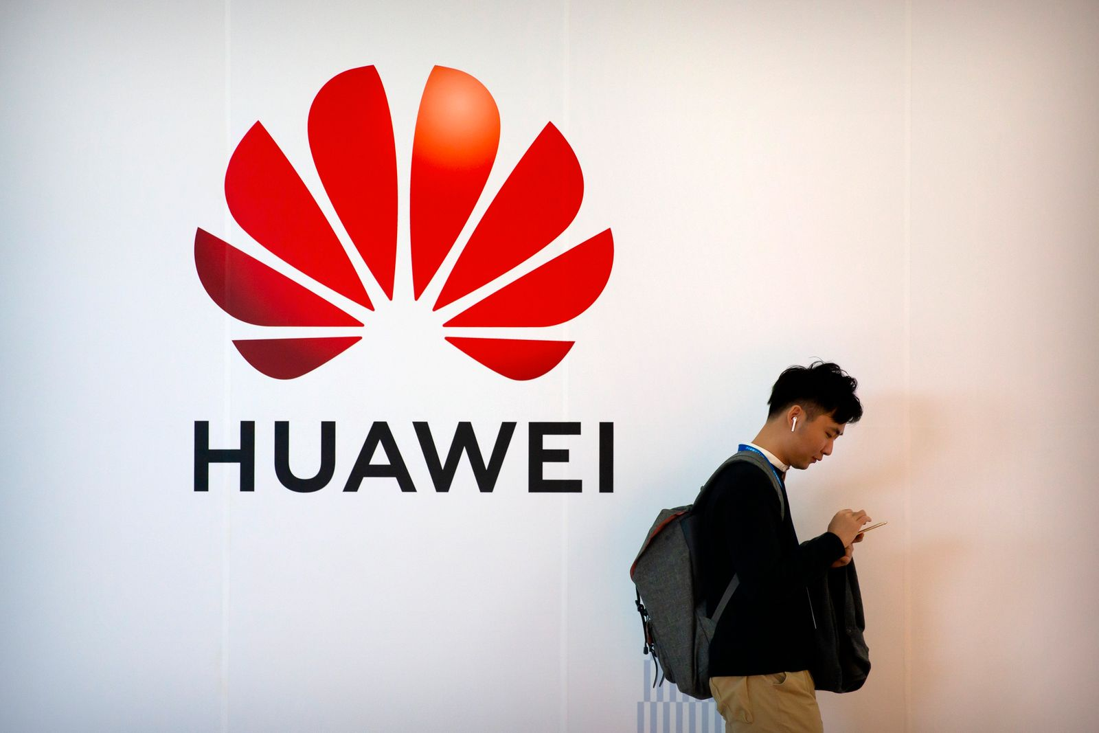 Barr-5G Networks-Huawei