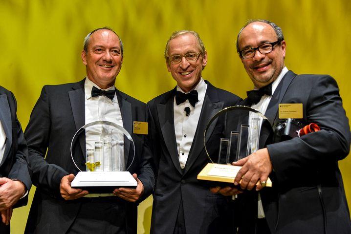 Entrepreneure des Jahres: Leica-Retter Alfred Schopf (links) und Andreas Kaufmann (rechts). Der ehemalige Waldorflehrer Kaufmann führte den legendären Kamerahersteller gemeinsam mit Schopf zurück in die Profitabilität