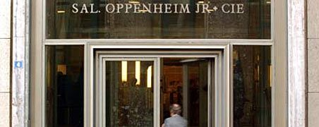 Dass die Privatbank am Ende nicht in die Insolvenz ging, ist keineswegs Krockow & Co. zu verdanken, sondern dem Eingreifen der Bankenaufsicht BaFin und der Deutschen Bank.