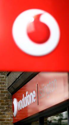 Krise setzt Vodafone zu: Weniger Reisen, weniger Roaming-Gebühren