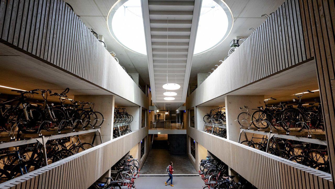 Utrecht schlägt Tokio: Hier steht das größte Fahrrad-Parkhaus der Welt