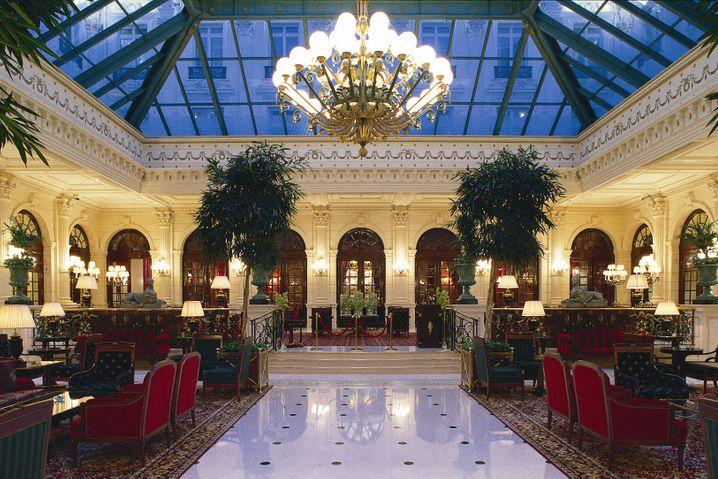 Paris für Romantiker: Auch die Lobby des InterContinental Le Grand Paris wurde restauriert, der alte Glanz ist wieder zurück