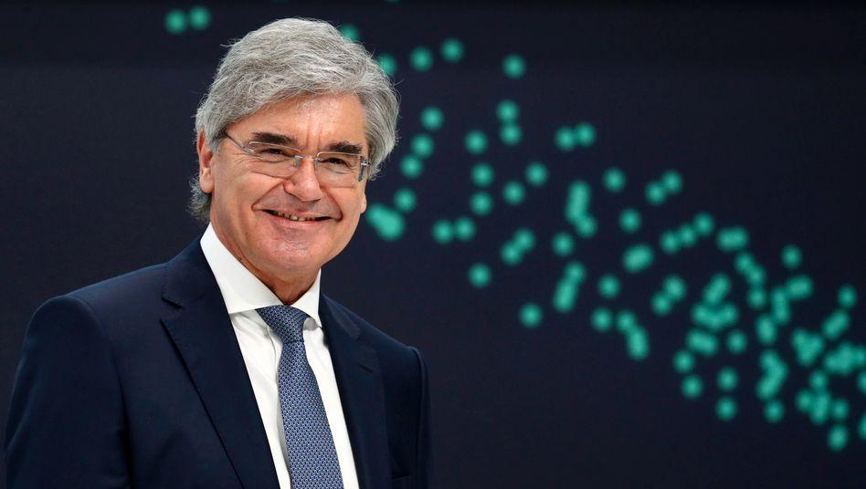 Spaltpilz: Neben der Abspaltung Siemens Energy bekommt Joe Kaeser noch den Aufsichtsratsvorsitz der Abspaltung Daimler Truck