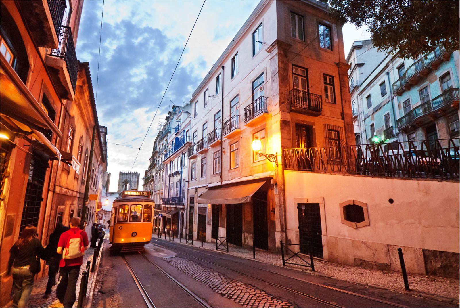 NICHT MEHR VERWENDEN! - Lesertipp / Alfama / Lissabon / Portugal
