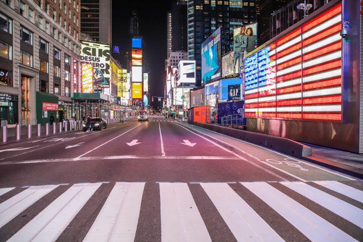 New Yorker Times Square: Keine Stadt in den USA ist so stark von dem Coronavirus betroffen