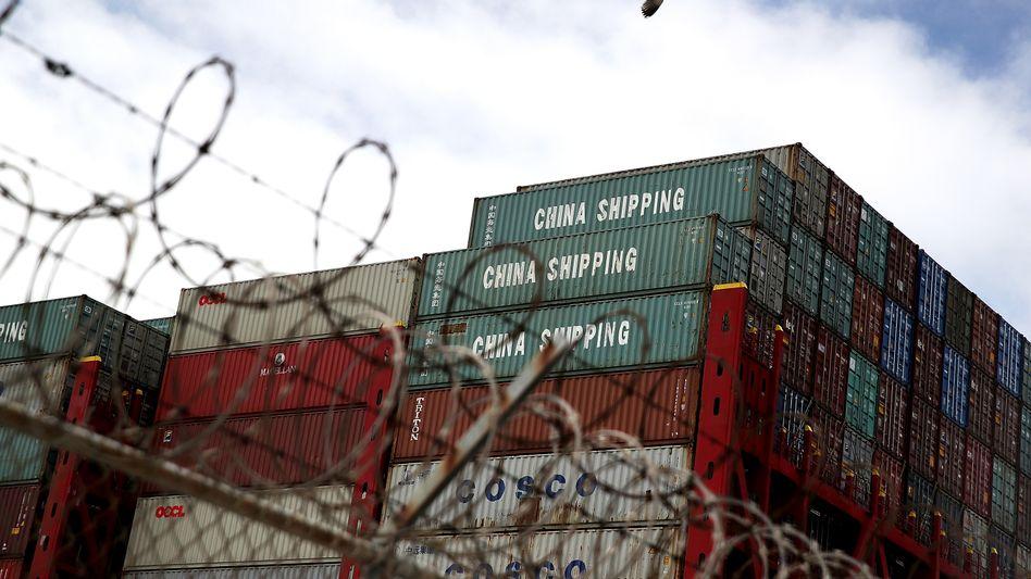 Chinesische Container im kalifornischen Oakland