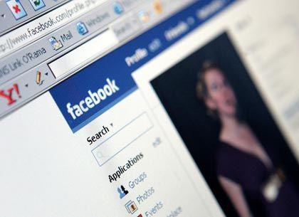 Gigant Facebook: Stockt sein Angebot mit Friendfeed auf