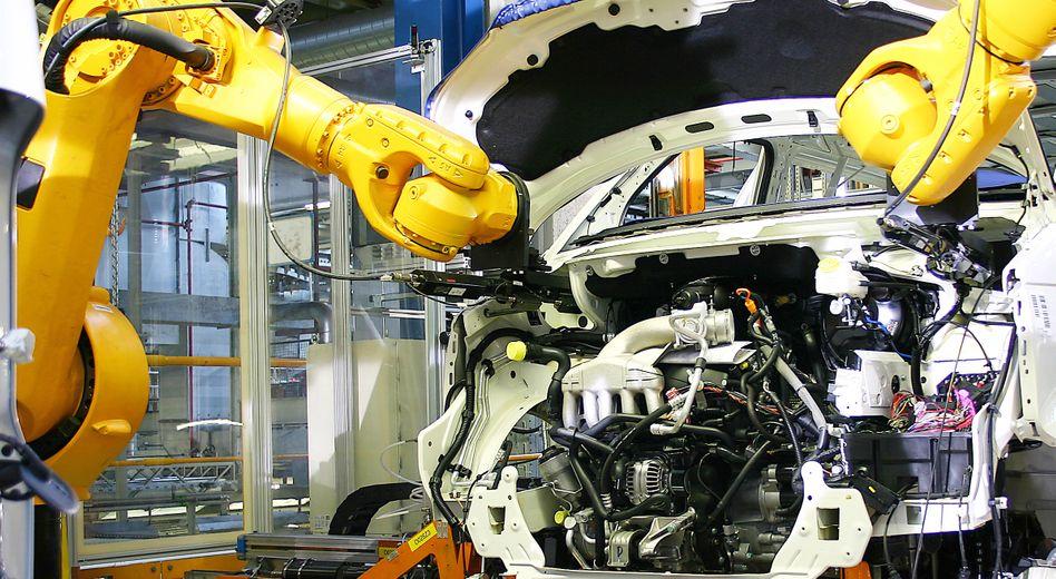 Automatisierter Fahrwerkseinbau bei ThyssenKrupp: Der erste Nettogewinn seit drei Jahren hat die Aktie ins Plus gedrückt
