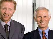 Boris Becker mit seinem neuen Berater Hans-Dieter Cleven (r)
