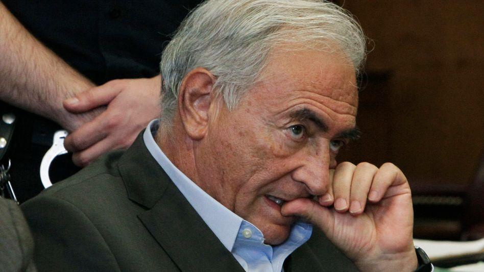 Nervös: Ex-IWF-Chef Strauss-Kahn muss eine harte Strafe befürchten