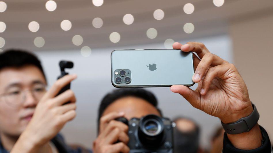 """Das iPhone 11 Pro in """"Midnight Green"""""""