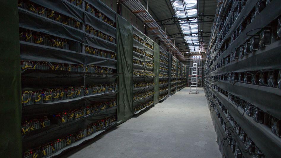 Bitcoin-Mine von Haobtc in Sichuan: Über Nacht wurden Krypto-Farmen wie diese ausgeräumt (Foto von 2016)