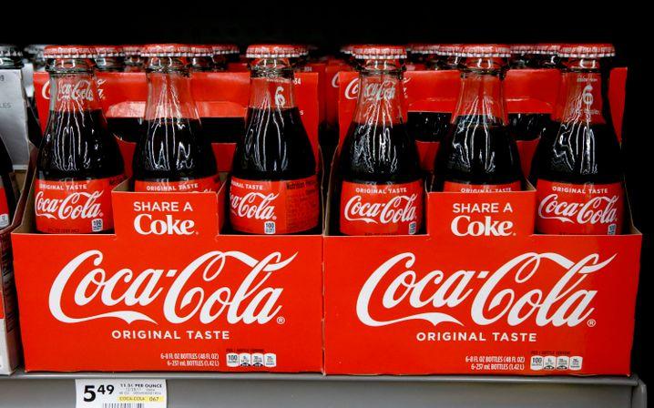 Bei Coca Cola sinkt der Absatz um 25 Prozent
