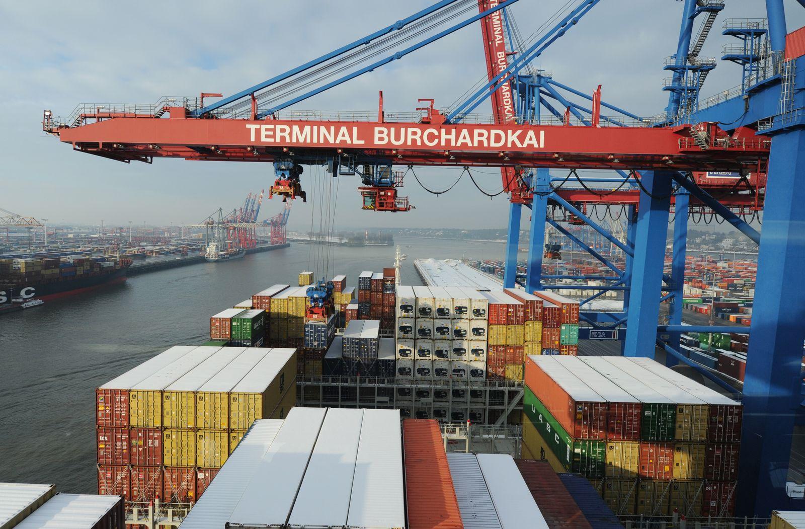 Konjunktur / Wirtschaft / Containerschiff
