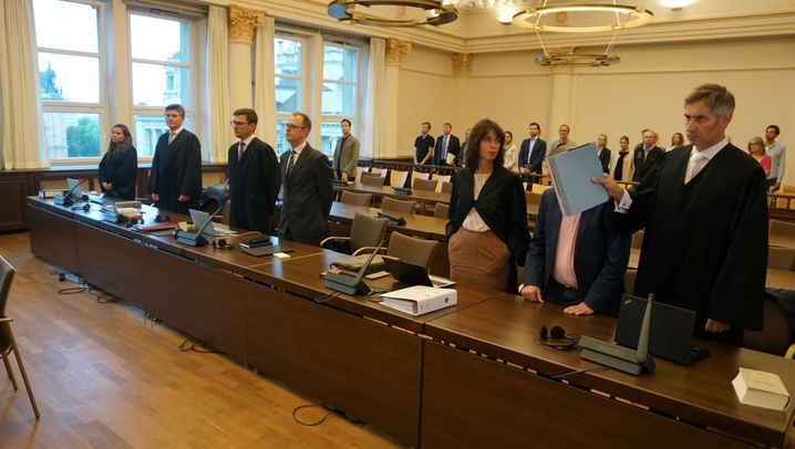Ex-Manager und Anwälte: Das sind die Angeklagten im neuen Wölbern-Prozess