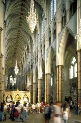 """Ausgesperrt: Im Inneren von Westminster Abbey durfte das Filmteam nicht drehen. Die Leser von """"Sakrileg"""" erfahren hingegen, wer der Schurke in der Geschichte ist"""