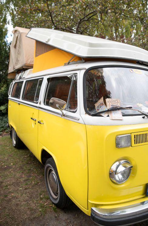Oldschool: So ein Oldie-Bulli von VW ist für manche der Campingbus schlechthin