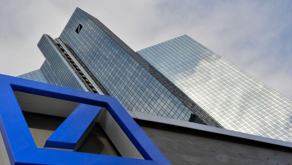Zentrale der Deutschen Bank in Frankfurt am Main: Erholung nach dem Kurssturz