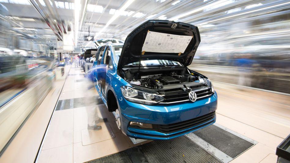 Autoproduktion im VW-Stammwerk in Wolfsburg